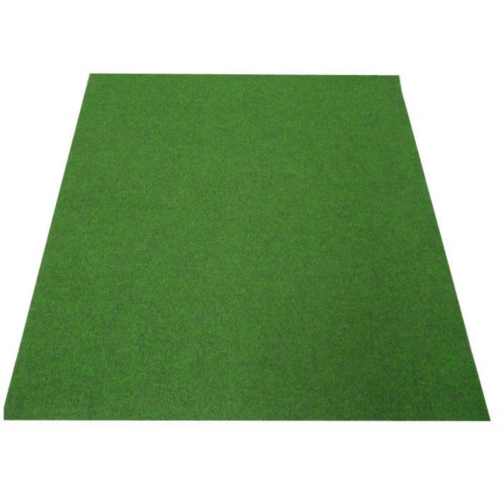 Korinthus vendéglátó műfű szőnyeg